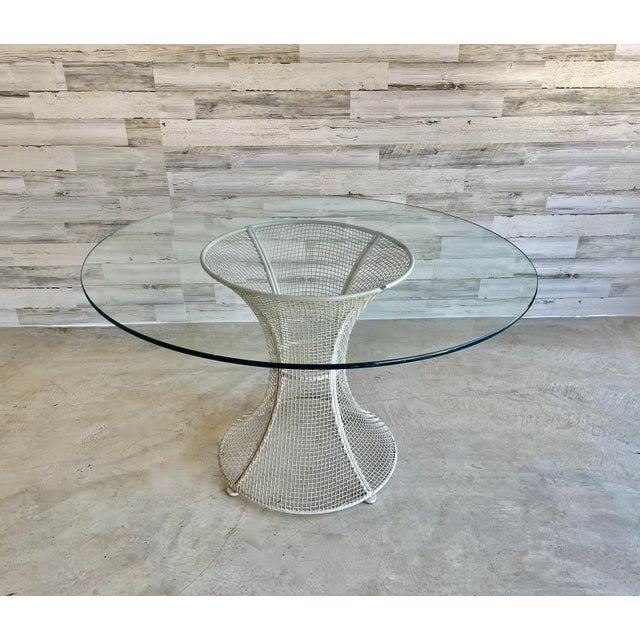 Russell Woodard Mid Century Wire Formed Patio Set For Sale - Image 4 of 13