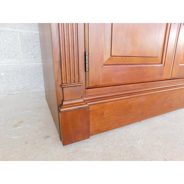 """Brass Stickley Cherry 4 Door Bookcase Lighted Display Wall Cabinet Model 4740 """"B"""" For Sale - Image 7 of 13"""