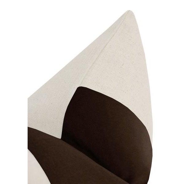 "12""x 18"" Chocolate Velvet Panel & Linen Lumbar Pillows - a Pair For Sale - Image 4 of 5"
