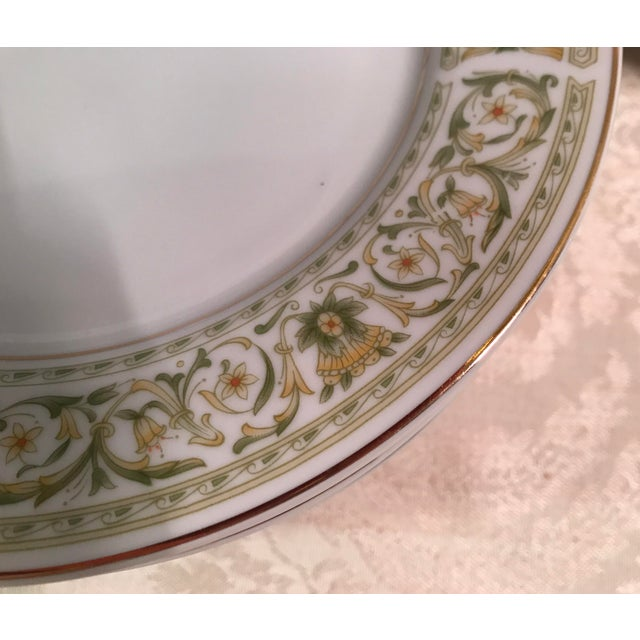 "Mid-Century Daniele ""Felicity"" China - Set of 27 For Sale - Image 10 of 11"