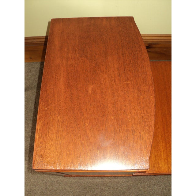 Antique Federal Style Mahogany Nightstands - A Pair - Image 5 of 8