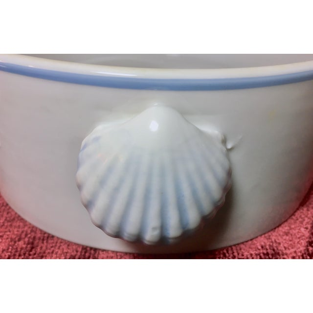 Ceramic 1970s Nautical Shell Motif Oven-To-Table 3qt Porcelain Casserole by Shafford Japan For Sale - Image 7 of 10