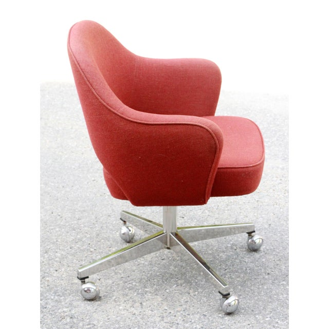 Saarinen Red Executive Office Desk Chair - Image 8 of 10