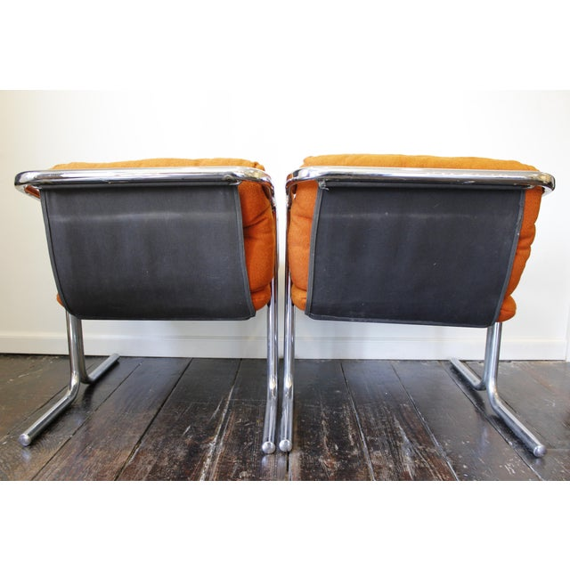 1970s Pair Mid Century Modern Jerry Johnson Arcadia Lounge Chairs Orange Chrome For Sale - Image 5 of 8