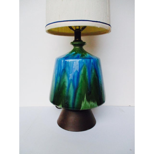 Mid-Century Modern Turquoise Ceramic Table Lamp - Image 8 of 11