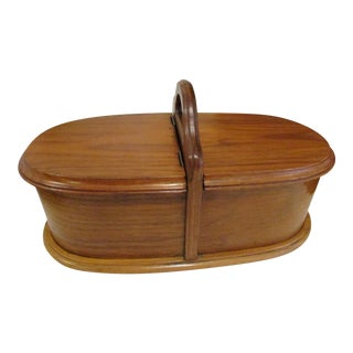 19th Century Early American Shaker Sisters Cherry Round Bentwood Bureau Dresser Box For Sale