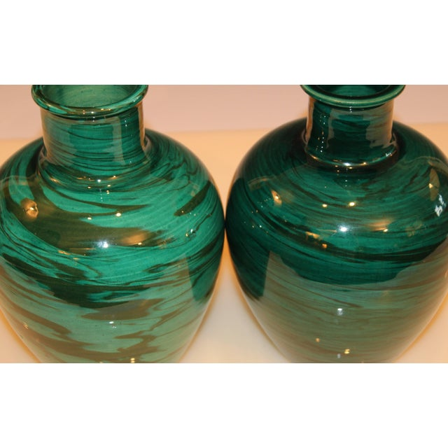 Bitossi MCM Raymor Vintage Italian Pottery Marbled Green Marbleized Vases, Pair For Sale In New York - Image 6 of 9