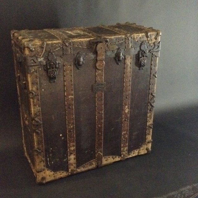 American 19th Century Trunk by h.c. Faber and Son Co. For Sale - Image 3 of 10