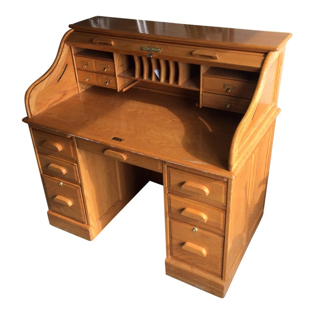 Winner's Only Oak Roll Top Desk - Image 1 of 8