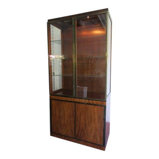 Mid-Century Modern John Widdicomb Brass and Walnut Lighted China Cabinet For Sale