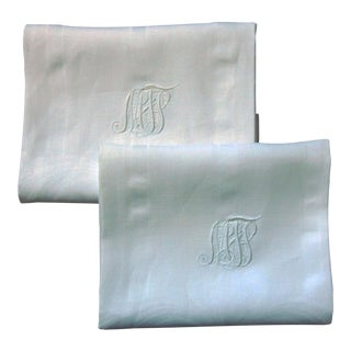 Vintage White Linen Damask Towels With Monogram - a Pair For Sale