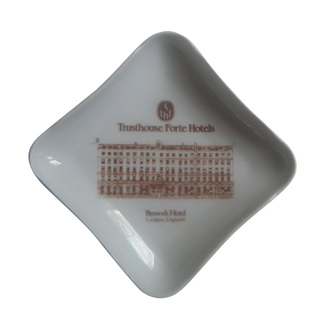 Vintage London Hotel Porcelain Trinket or Ash Tray - Image 1 of 4