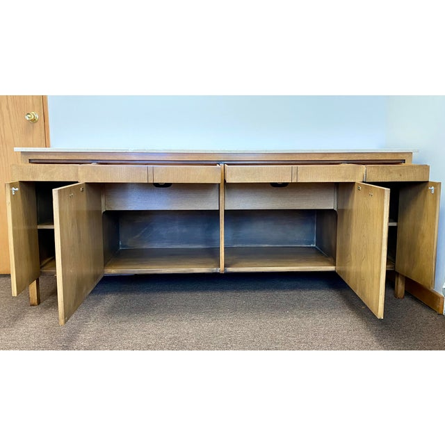 Brown 1960s Bert England for Johnson Furniture Company Credenza For Sale - Image 8 of 12