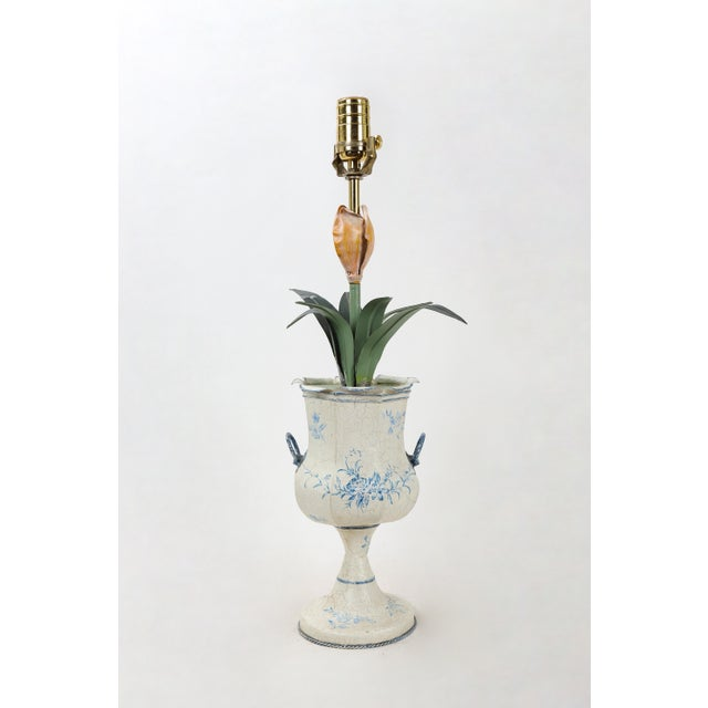 English Traditional Blue & White Tole Trophy Shaped Lamp With Faux Flower For Sale - Image 3 of 6