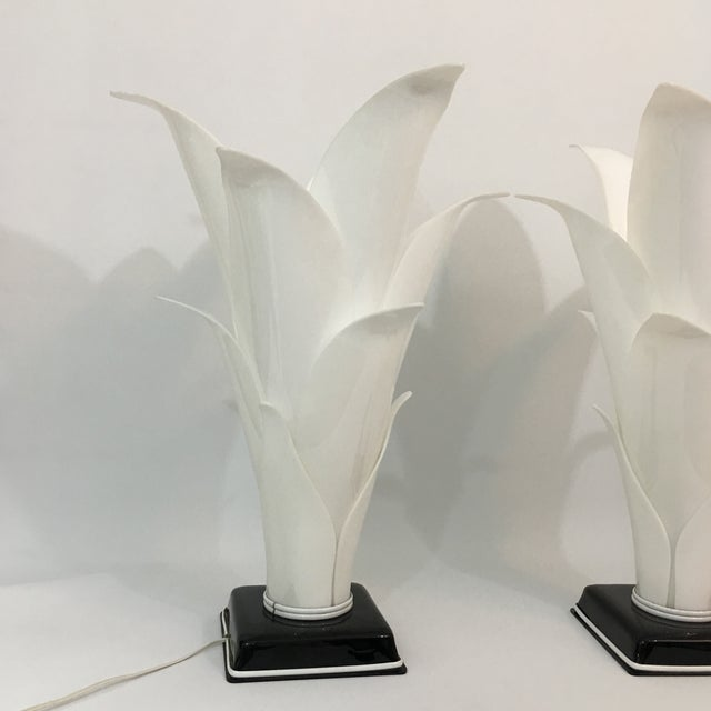 Abstract Rougier Palm Leaf Lucite Lamps- a Pair For Sale - Image 3 of 13
