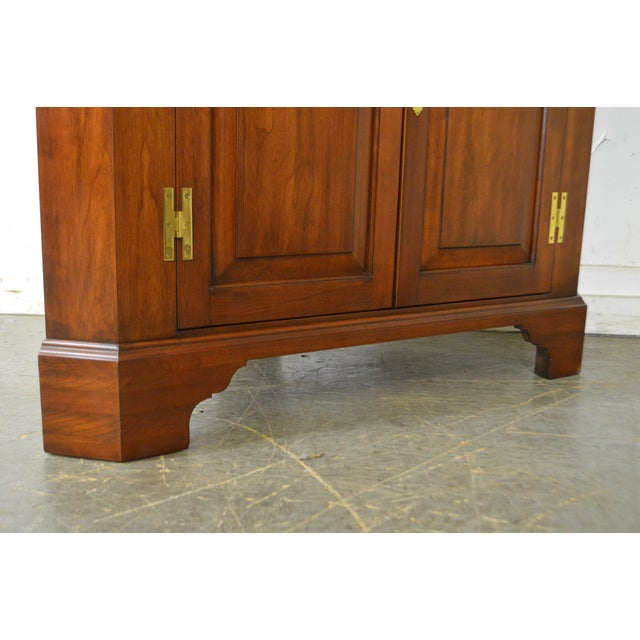 Cherry Wood Henkel Harris Chippendale Style Pair of Solid Cherry 12 Pane Corner Cabinets For Sale - Image 7 of 13