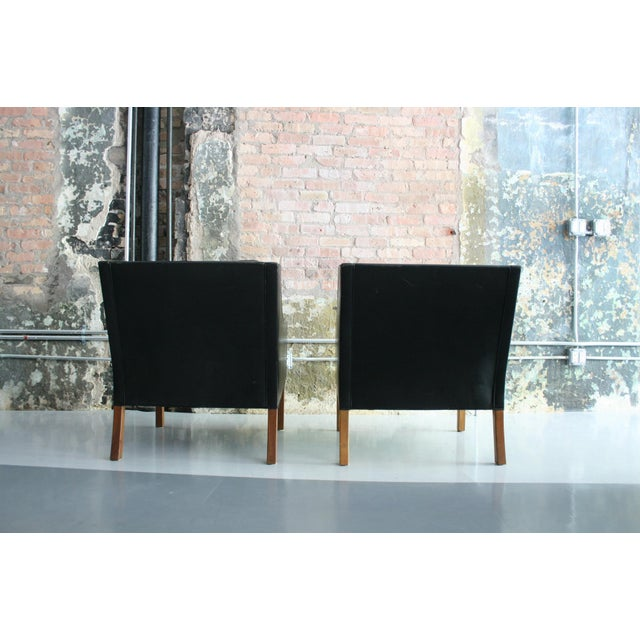 Mid 20th Century Matched Pair of Børge Mogensen Model #2207 Leather Lounge Chairs For Sale - Image 5 of 13