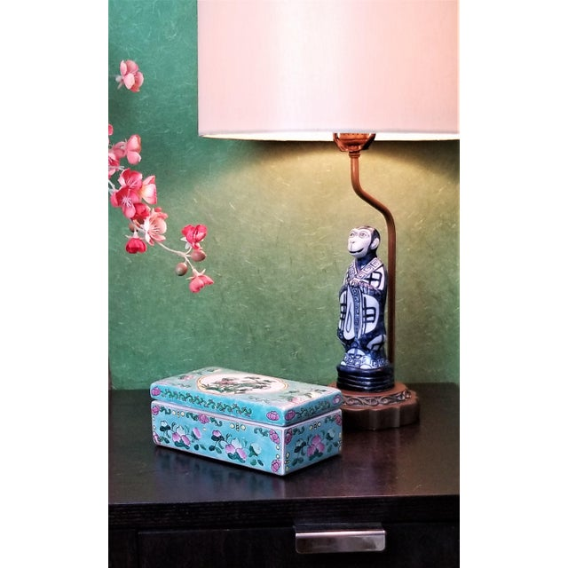 Vintage Light Blue Chinese Famille Rose Porcelain Box With Flowers and Phoenix - Asian Oriental Palm Beach Boho Chic Mid Century For Sale - Image 12 of 12