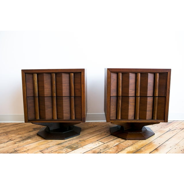 Paul Evans Style Mid-Century Brutalist Pedestal Night Stands- A Pair - Image 5 of 9