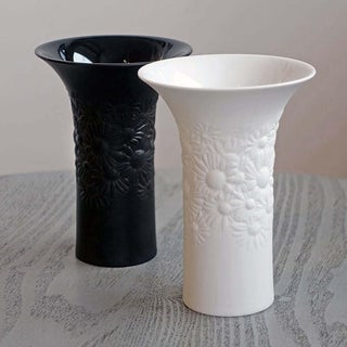 Rosenthal Studio-Linie Modernist Porcelain Noire Daisy Vase Preview