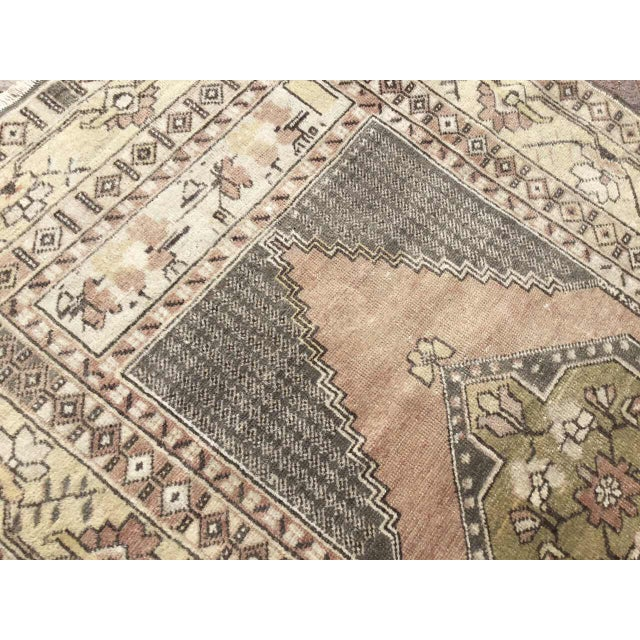 Vintage Hand Knotted Turkish Rug For Sale In Raleigh - Image 6 of 9