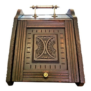 Early 19th Century British Regency Provincial Oak Coal Scuttle/Bin For Sale