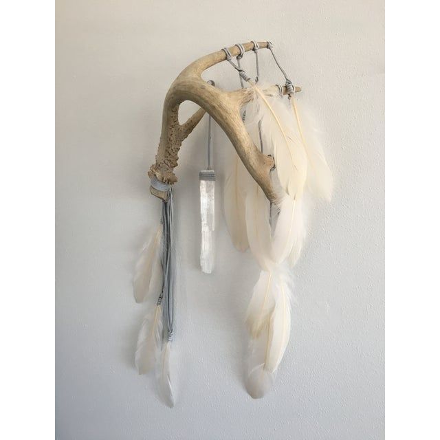 Selenite & Cream Feathers Antler Wall Hanging - Image 2 of 3