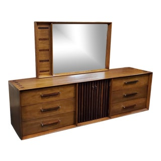Lane Walnut and Rosewood 9 Drawer Dresser With Mirror For Sale