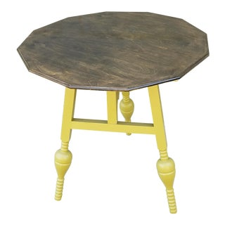 Antique Tilt Gate Leg Side Table For Sale