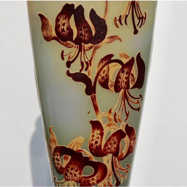 1900 - 1909 Monumental Emile Galle Tiger Lily Cameo Vase For Sale - Image 5 of 9