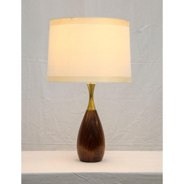 Mid-Century Modern Walnut and Brass Table Lamp, Tony Paul For Sale - Image 3 of 6