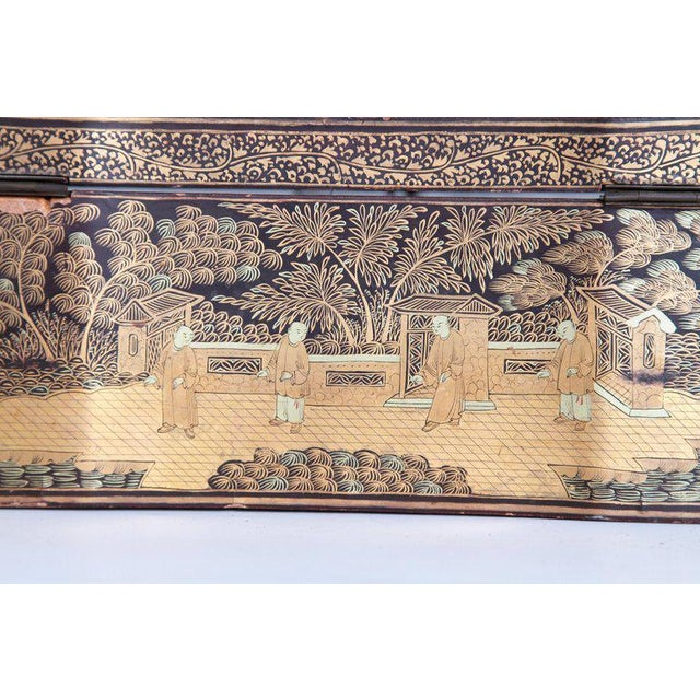 19th Century Chinese Export Chinoiserie Lacquer Sewing Box For Sale In Dallas - Image 6 of 13