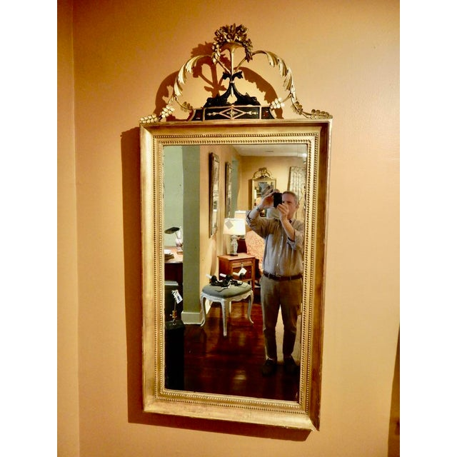 Elegant Neo-Classical Gilt Mirror For Sale - Image 4 of 5
