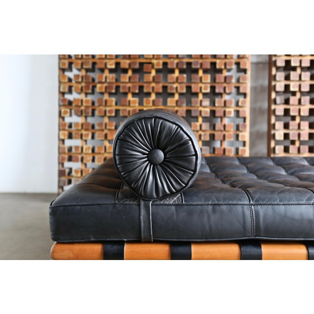 Mies Van Der Rohe Leather & Walnut Daybed for Knoll, 1983 For Sale - Image 10 of 11