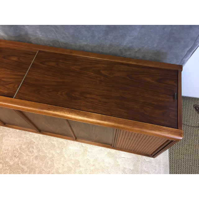 Metal Mid Century Modern Magnavox Console Record Player For Sale - Image 7 of 11