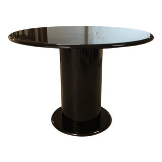 Round Black Gloss Finish Pedestal Table For Sale