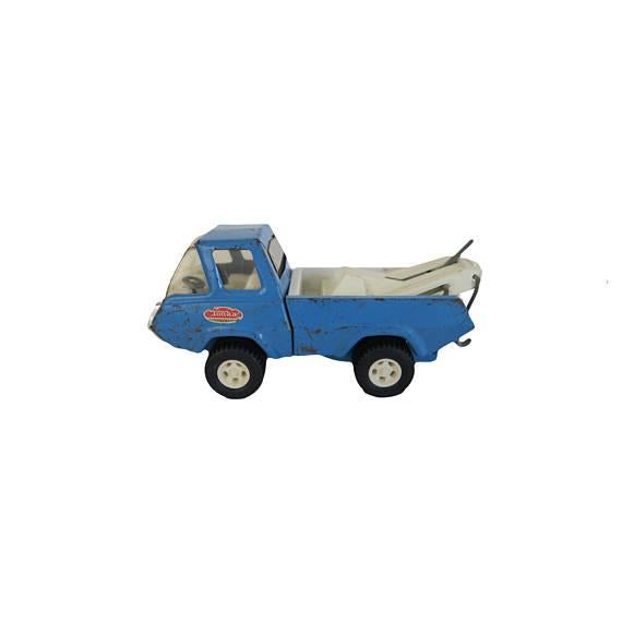 """Vintage blue Tonka tow truck car steel metal toy or décor from the 1950s Great retro character Measures 9"""" L x 4"""" W x 4"""" H"""