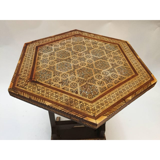 Middle Eastern Egyptian octagonal side table with marquetry inlaid and mother-of-pearl. Tilt-top table with Moorish Syrian...