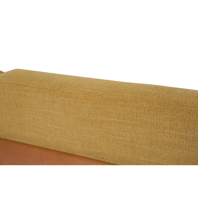 Yellow 1950s George Nelson for Herman Miller Daybed Sofa For Sale - Image 8 of 9