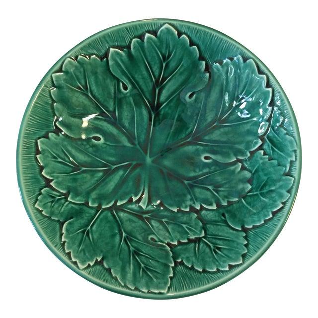 Wedgwood of Etruria & Barlaston Emerald Grape Leaf Bowls - 18 Plates - Image 3 of 5
