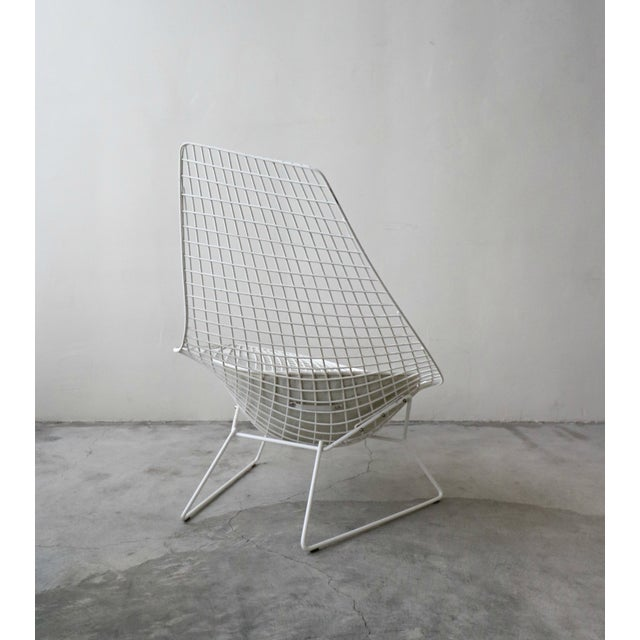 2000 - 2009 Authentic Knoll Bertoia Asymmetric Chaise For Sale - Image 5 of 8