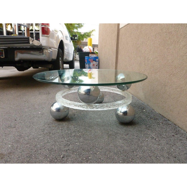 Modern 70's Round Cracked Ice Lucite and Spaced Chrome Balls Coffee Table For Sale - Image 3 of 9