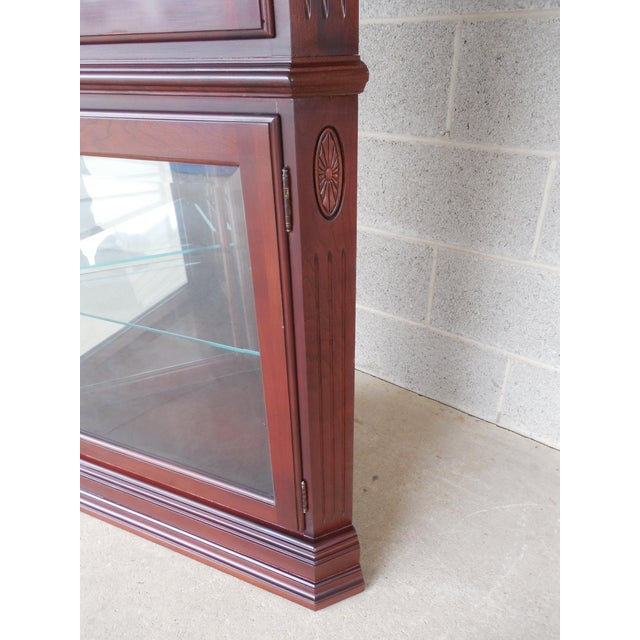 Ethan Allen Georgian Court Curio Lighted Corner Cabinet 11-9018 Finish 205 For Sale - Image 5 of 10