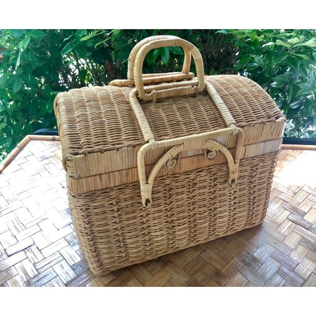 20th Century Boho Chic Natural Woven Wicker Picnic Basket For Sale In Charleston - Image 6 of 11