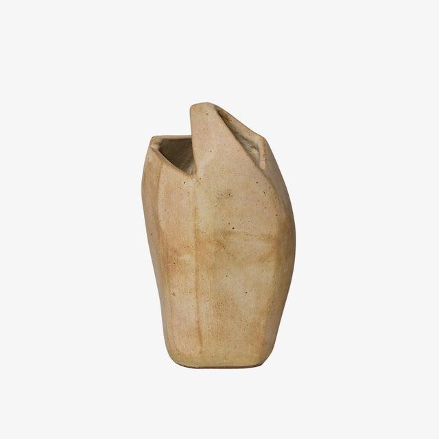 Contemporary Corte Ceramic Vase by Gabriela Valenzuela-Hirsch For Sale - Image 3 of 10