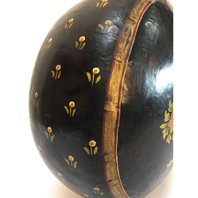 Hand-Hammered Anglo Raj Copper Black Hand-Painted Vessel Jug For Sale In Los Angeles - Image 6 of 10