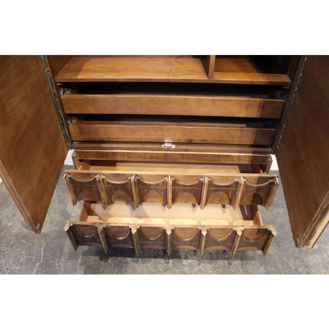 Adrian Pearsall 1970s Brutalist Wardrobe Chest on Chest in Natural Walnut, Brasilia Style For Sale - Image 4 of 12