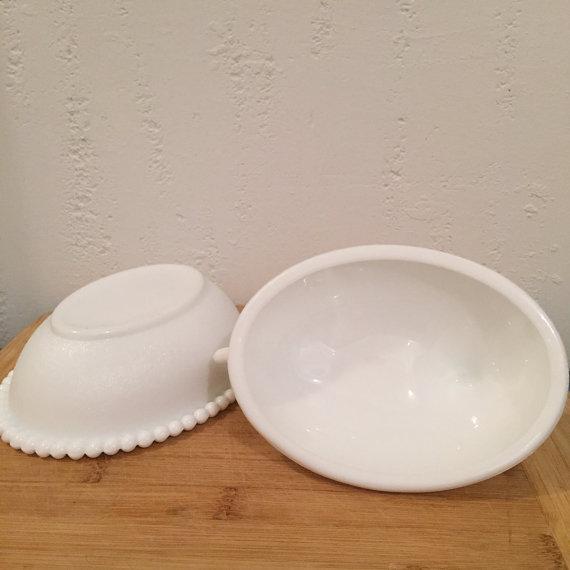 Large Milk Glass Lidded Nesting Hen Dish - Image 4 of 6