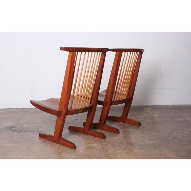 Modern Pair of Conoid Lounge Chairs by George Nakashima For Sale - Image 3 of 10