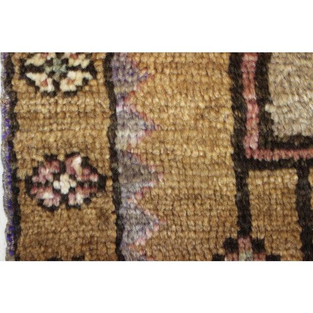 "Traditional Turki̇sh Wool Rug - 2'7"" x 11'3"" - Image 6 of 8"